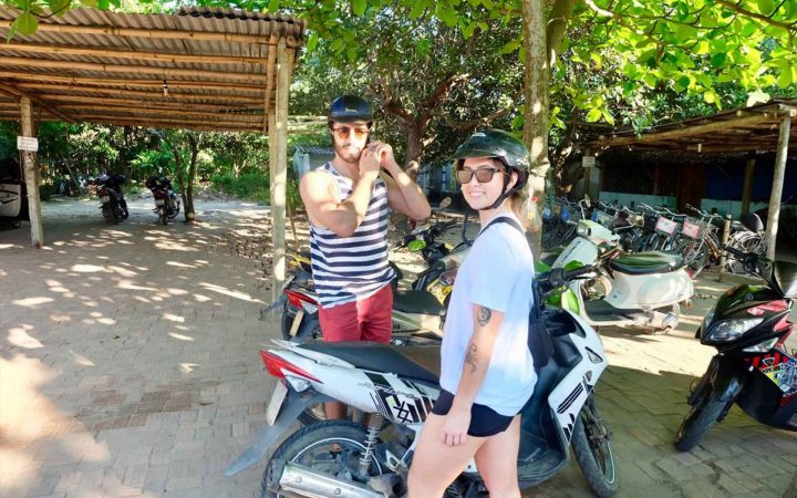 drive to Hoi An from Danang by motorbike