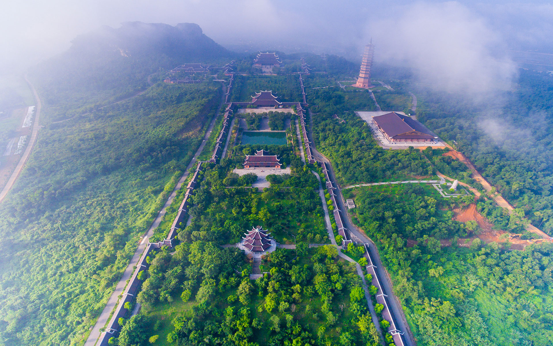 Overview of Bai Dinh Pagoda Complex
