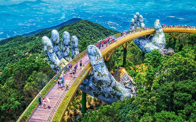 The Golden Bridge: The Most Famous Tourist Attractions in Danang