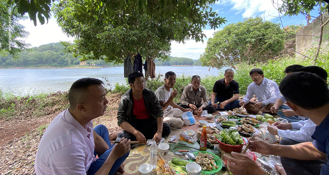 Picnic lunch on the island