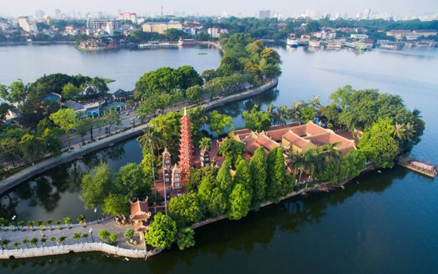 Tran Quoc Pagoda - Oldest pagoda in Hanoi