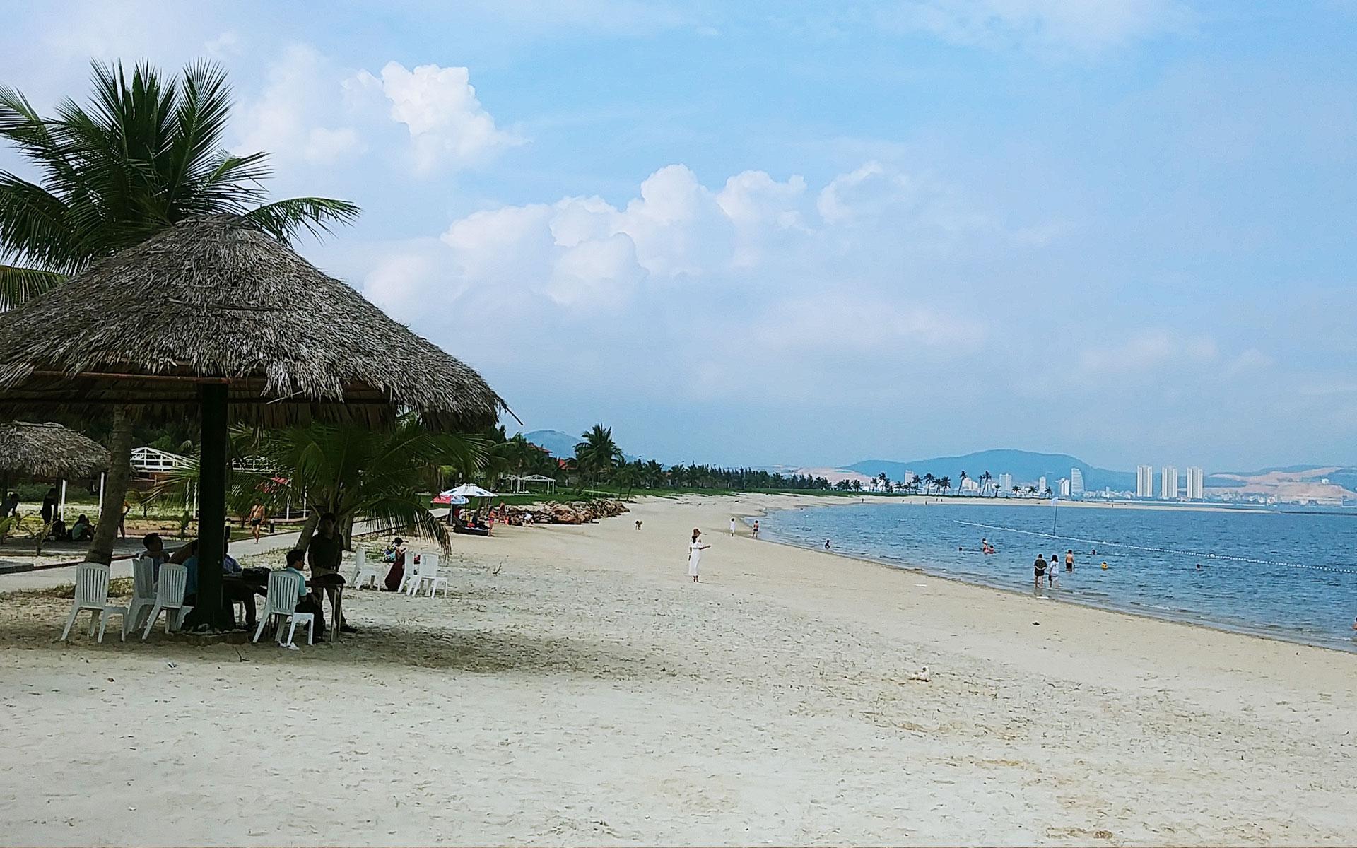 Tuan Chau Beach - Most Popular Beaches In Halong Bay