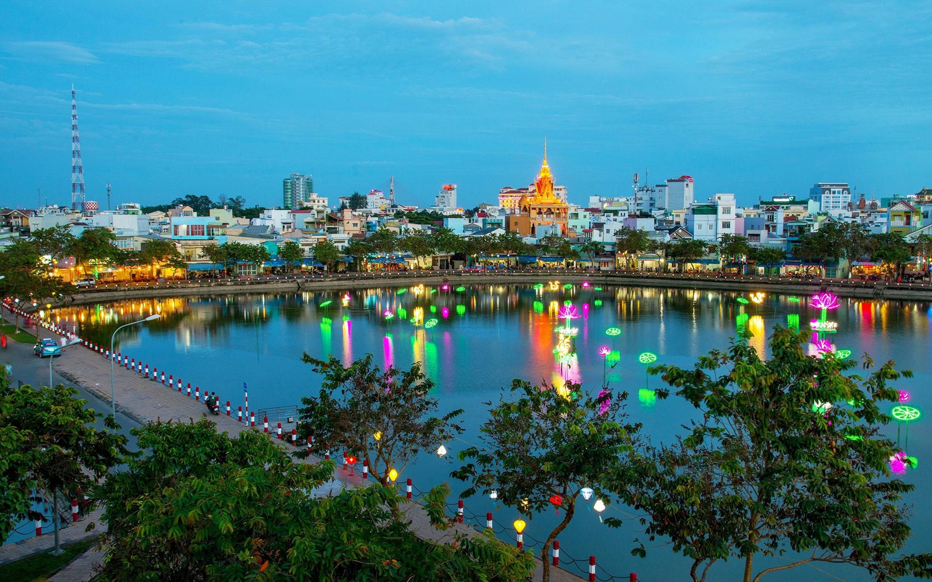 Xang Thoi Lake