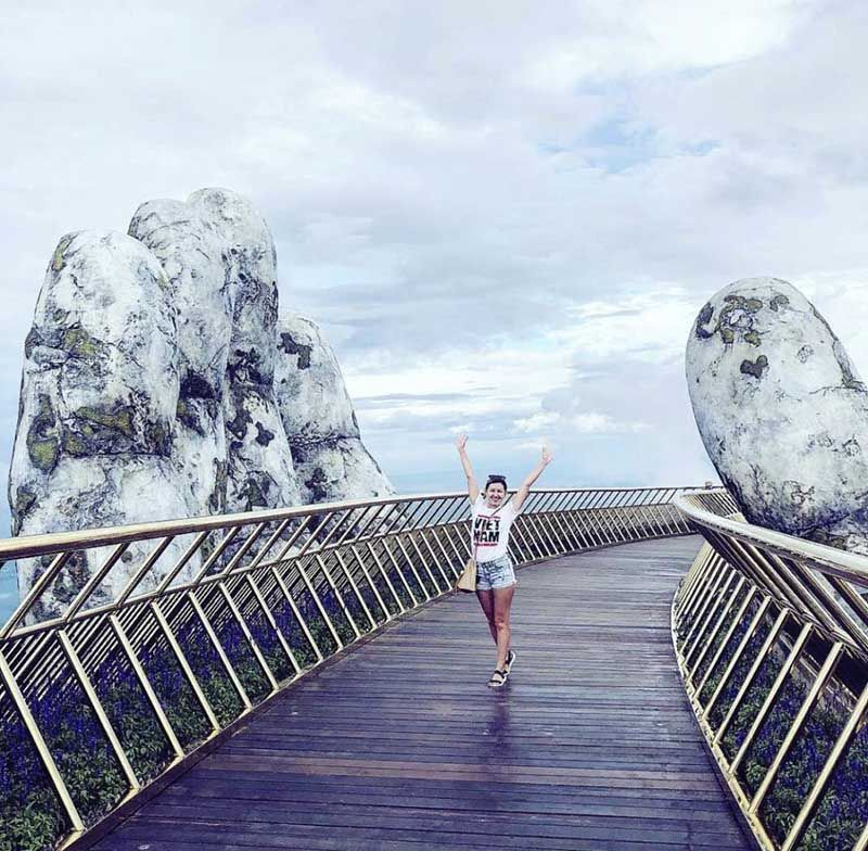 You can immerse yourself in the beauty of nature and charming Golden Bridge