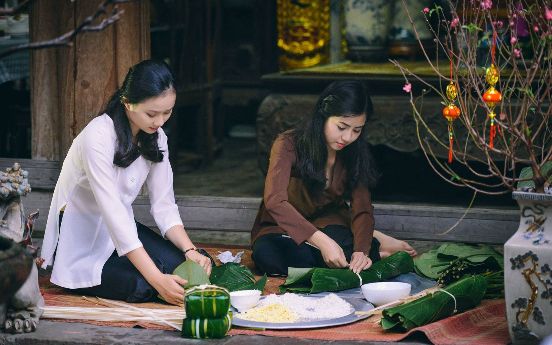 making Banh Chung in Tet holiday in Vietnam