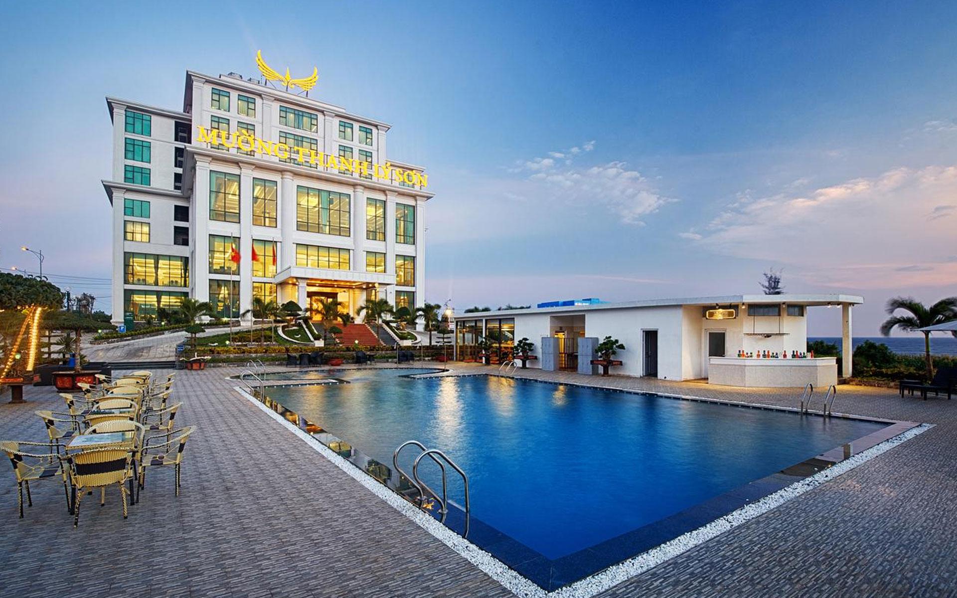 ly son island hotel