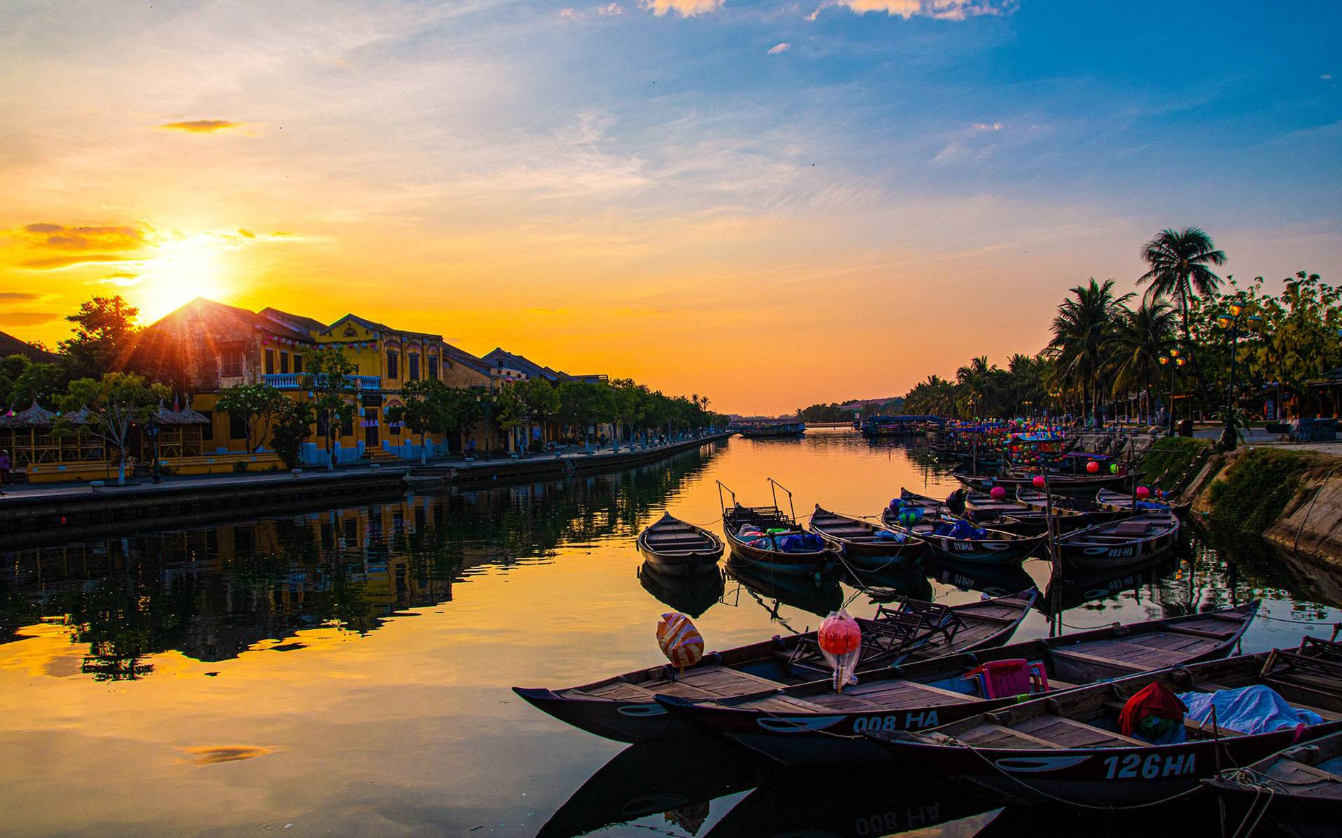 Hoi An, the destination you can visit each seasons in Vietnam