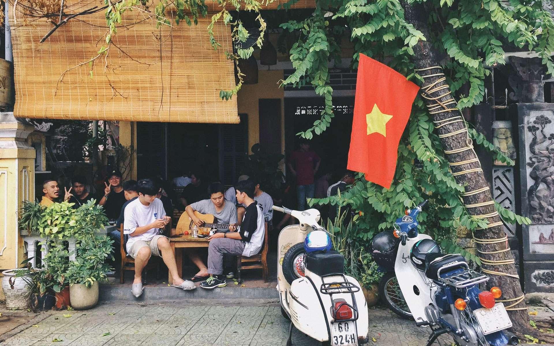 Tan Café in Hue city