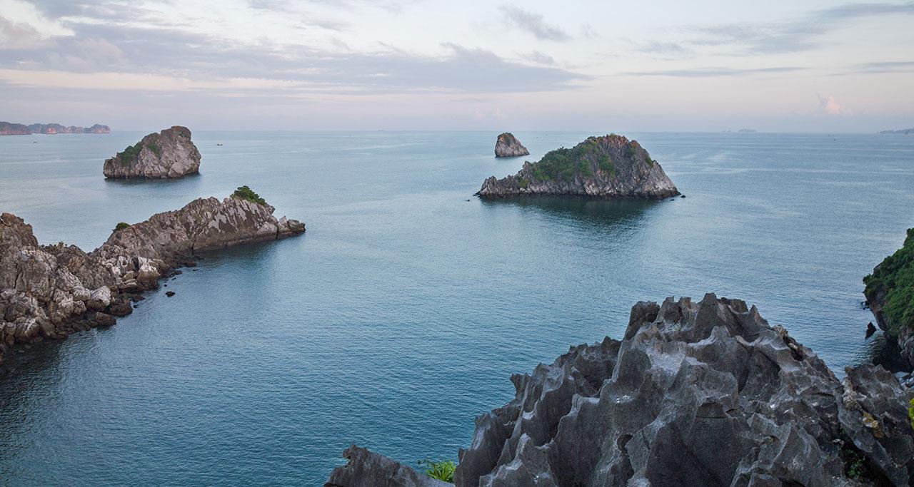 peaceful scenery of Cat Ba island