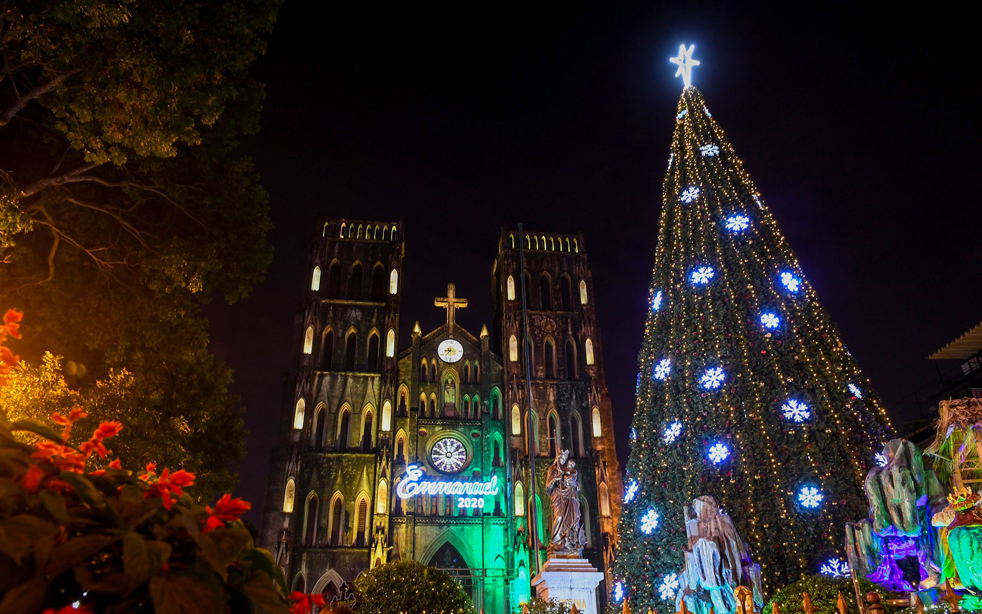 Christmas in Hanoi - St. Joseph's Cathedral