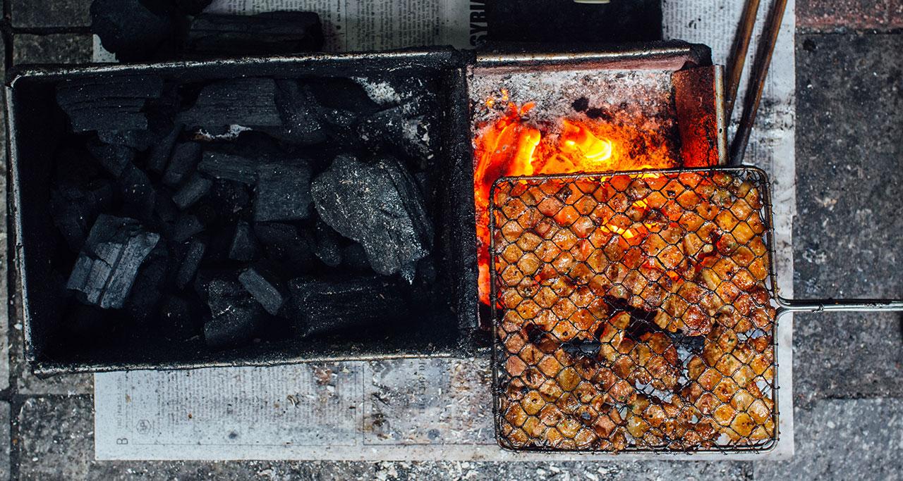 Making Grilled pork