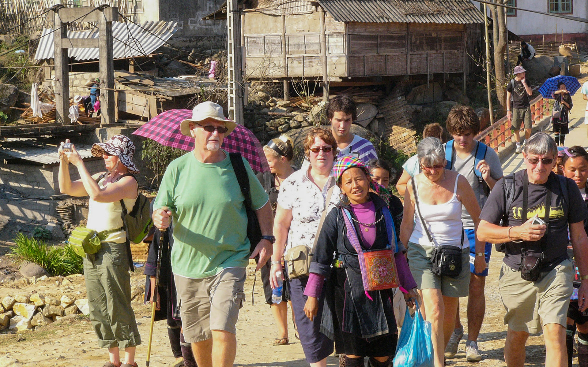 when is the best time to go trekking in Sapa?