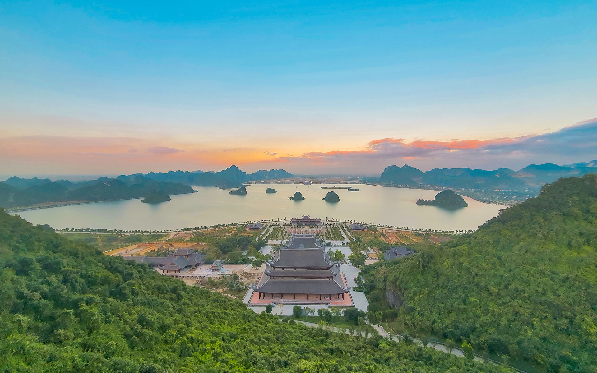 Tam Chuc Pagoda from above