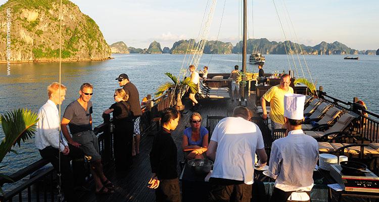 Vietnam-Halong-21