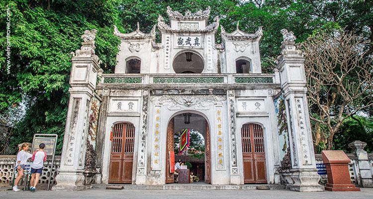 Vietnam-Hanoi-12