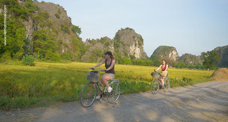 Vietnam-NinhBinh-19