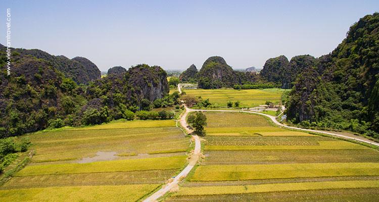 Vietnam-NinhBinh-9